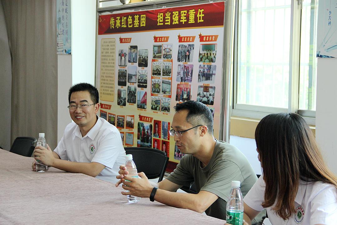 赣州新江南八一慰问部队活动3.jpg
